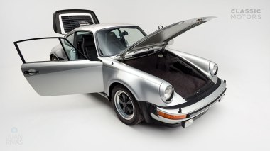 Classic-Motors--1978--Porsche-930-Turbo-Silver-Metallic-9308800194--Studio_008-copy