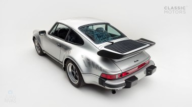 Classic-Motors--1978--Porsche-930-Turbo-Silver-Metallic-9308800194--Studio_009-copy