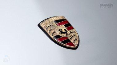 Classic-Motors--1978--Porsche-930-Turbo-Silver-Metallic-9308800194--Studio_010-copy