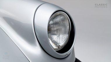 Classic-Motors--1978--Porsche-930-Turbo-Silver-Metallic-9308800194--Studio_011-copy