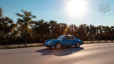 Straat-Automobile-1978-Porsche-911SC---Minerva-Blue-9118201686---Lifestyle_003
