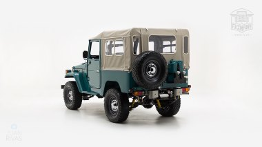 The-FJ-Company-1978-FJ40-Land-Cruiser---Rustic-Green-260936---Studio_006-copy