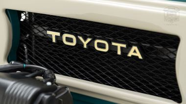 The-FJ-Company-1978-FJ40-Land-Cruiser---Rustic-Green-260936---Studio_010-copy