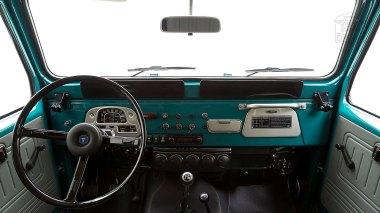 The-FJ-Company-1978-FJ40-Land-Cruiser---Rustic-Green-260936---Studio_029-copy