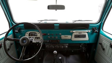 The-FJ-Company-1978-FJ40-Land-Cruiser---Rustic-Green-260936---Studio_029-copy