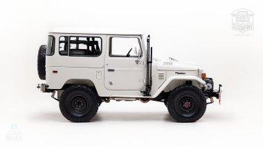 The-FJ-Company-1978-FJ40-Land-Cruiser---White-259557---Studio_002