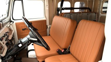 The-FJ-Company-1978-FJ43-Land-Cruiser---White-57926---Studio_028