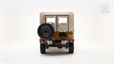 The-FJ-Company-1979-FJ40-Land-Cruiser---Olive-300857---Studio_004