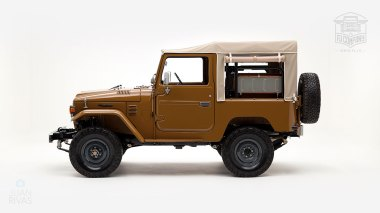 The-FJ-Company-1979-FJ40-Land-Cruiser---Olive-300857---Studio_006