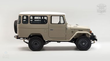The-FJ-Company-1979-FJ43-Land-Cruiser---Dune-Beige-62337---Studio_002