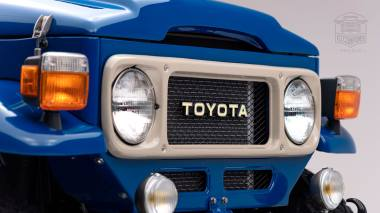 1980 FJ40 313101 Medium Blue Studio-004