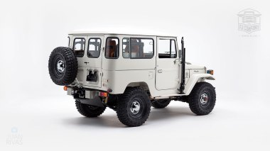 1980-FJ40-315930-White-KDH-487---Alex-Campbell-Studio-003