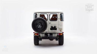 1980-FJ40-315930-White-KDH-487---Alex-Campbell-Studio-004