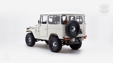 1980-FJ40-315930-White-KDH-487---Alex-Campbell-Studio-006