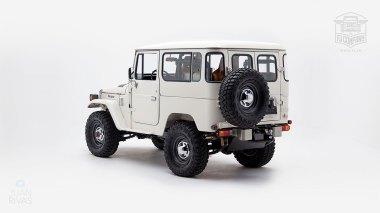 1980-FJ40-315930-White-KDH-487---Alex-Campbell-Studio-006