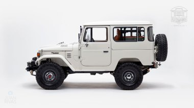1980-FJ40-315930-White-KDH-487---Alex-Campbell-Studio-007