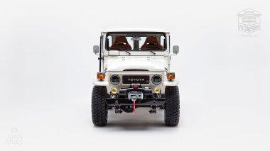 1980-FJ40-315930-White-KDH-487---Alex-Campbell-Studio-009