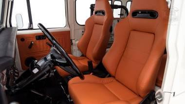 1980-FJ40-315930-White-KDH-487---Alex-Campbell-Studio-039