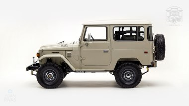 1980-FJ40-317149-Beige---Chris-Corwin-Studio_007