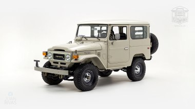 1980-FJ40-317149-Beige---Chris-Corwin-Studio_008