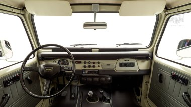 1980-FJ40-317149-Beige---Chris-Corwin-Studio_013