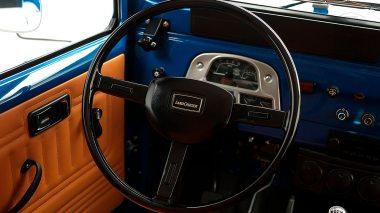 1981-FJ43-101089-Medium-Blue-ANB-029---John-Breslow-Studio-031