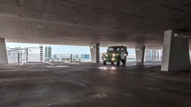 1981-FJ43-103467-Dune-Beige-Matte--LLF-179-SEMA-2017-Outdoors-Miami-022