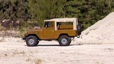 1981-Toyota-Land-Cruiser-FJ43-105510-Olive-Outdoors-004