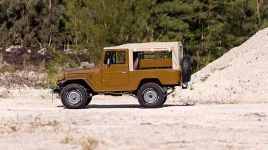 1981-Toyota-Land-Cruiser-FJ43-105510-Olive-Outdoors-004