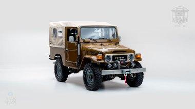 1981-Toyota-Land-Cruiser-FJ43-105510-Olive-Studio-001