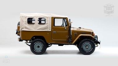 1981-Toyota-Land-Cruiser-FJ43-105510-Olive-Studio-002