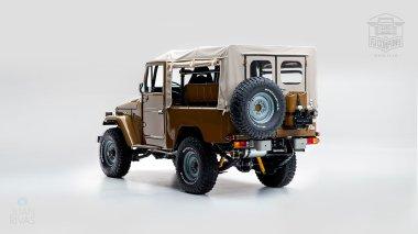 1981-Toyota-Land-Cruiser-FJ43-105510-Olive-Studio-004