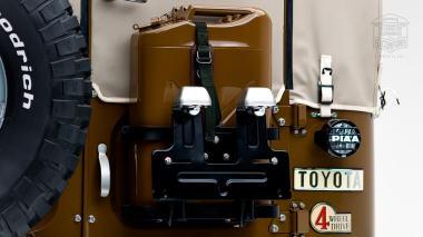 1981-Toyota-Land-Cruiser-FJ43-105510-Olive-Studio-016