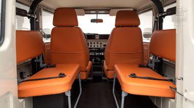 1983-FJ40-361569-Beige-029
