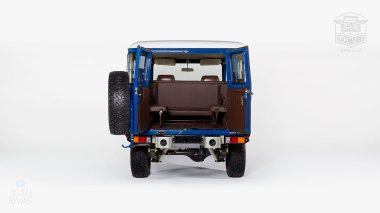 1983-Toyota-Land-Cruiser-BJ46-Medium-Blue-BJ46-000660-Studio_005