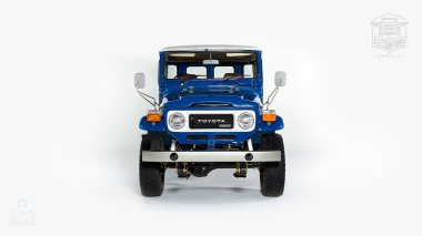 1983-Toyota-Land-Cruiser-BJ46-Medium-Blue-BJ46-000660-Studio_009