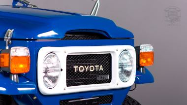 1983-Toyota-Land-Cruiser-BJ46-Medium-Blue-BJ46-000660-Studio_010