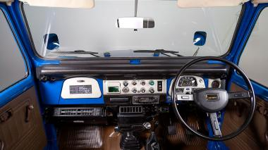 1983-Toyota-Land-Cruiser-BJ46-Medium-Blue-BJ46-000660-Studio_033