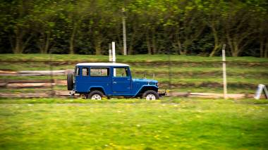 1983-Toyota-Land-Cruiser-BJ46-Medium-Blue-BJ46-000660-Track-Test_002