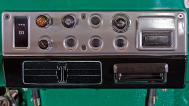 1983-Toyota-Land-Cruiser-FJ40-John-Deere-Green-FJ40-361667-Studio-026