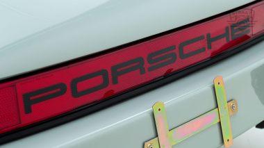 Straat-1983-Porsche-Dolphin-Gray-WPOAA0916DS121381-Studio-022-copia