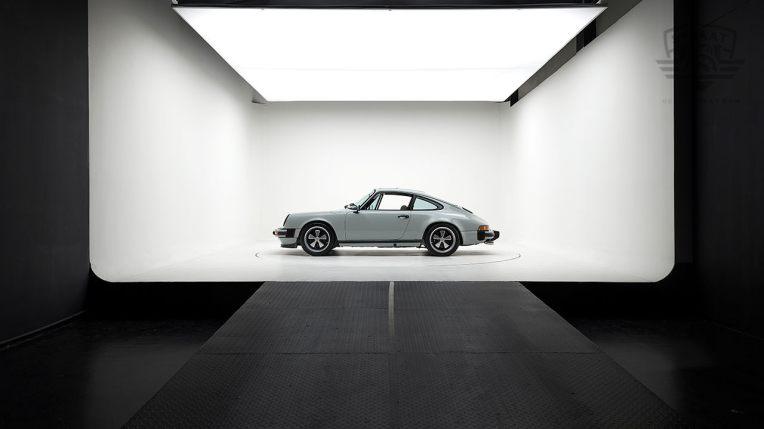 Straat-1983-Porsche-Dolphin-Gray-WPOAA0916DS121381-Studio-053-copia