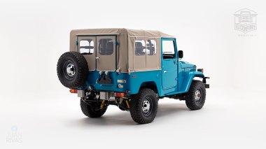 The-FJ-Company-1982-FJ40-Land-Cruiser---Sky-Blue-356501---Studio_003