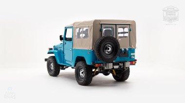 The-FJ-Company-1982-FJ40-Land-Cruiser---Sky-Blue-356501---Studio_005