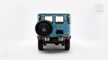 The-FJ-Company-1982-FJ43-Land-Cruiser---Capri-Blue-67158---Studio_004