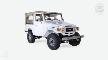 The-FJ-Company-1982-FJ43-Land-Cruiser---White-110048---Studio_001