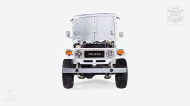 The-FJ-Company-1982-FJ43-Land-Cruiser---White-110048---Studio_011