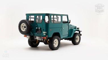 The-FJ-Company-1983-FJ43-Land-Cruiser---Rustic-Green-361844---Studio_003