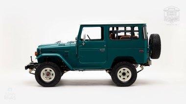 The-FJ-Company-1983-FJ43-Land-Cruiser---Rustic-Green-361844---Studio_006