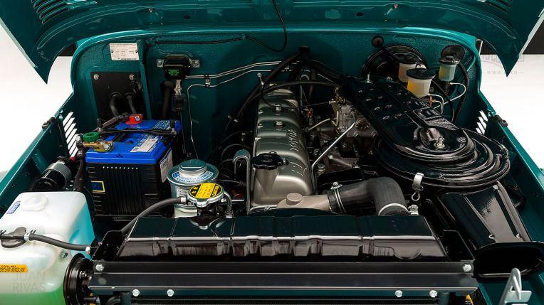 The-FJ-Company-1983-FJ43-Land-Cruiser---Rustic-Green-361844---Studio_040
